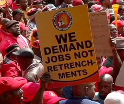 S. Africa's main coal union accepts wage offer, ends strike