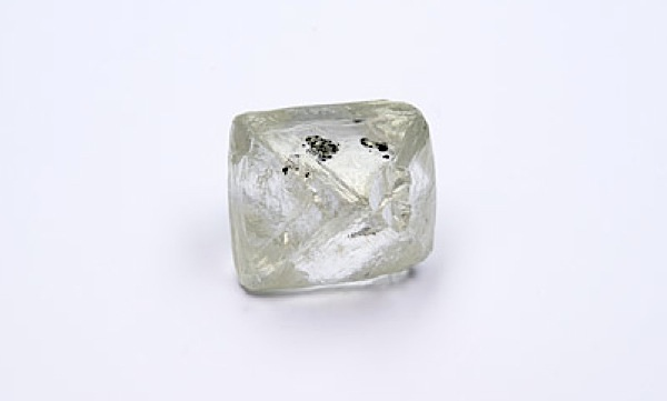 This is the 106-carat diamond Alrosa unearthed from its Jubilee pipe