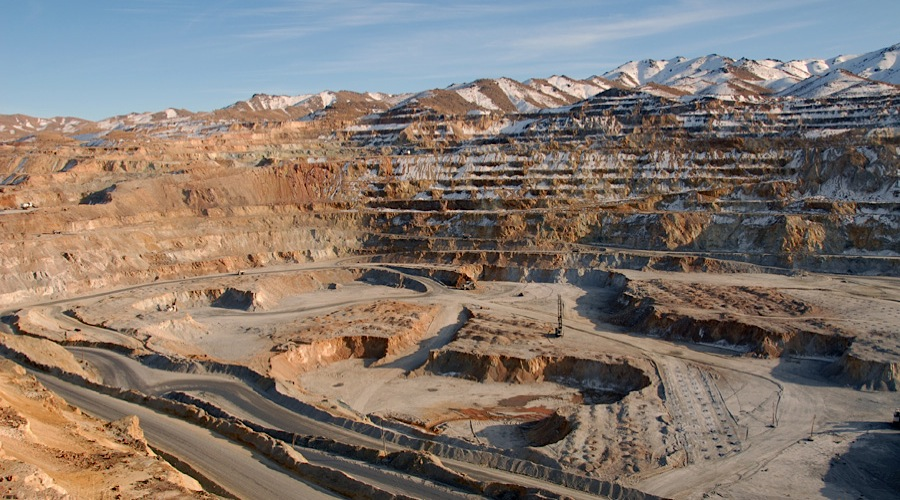 Iran goes beyond oil — to sign $5.4bn in mining deals with Italy, France