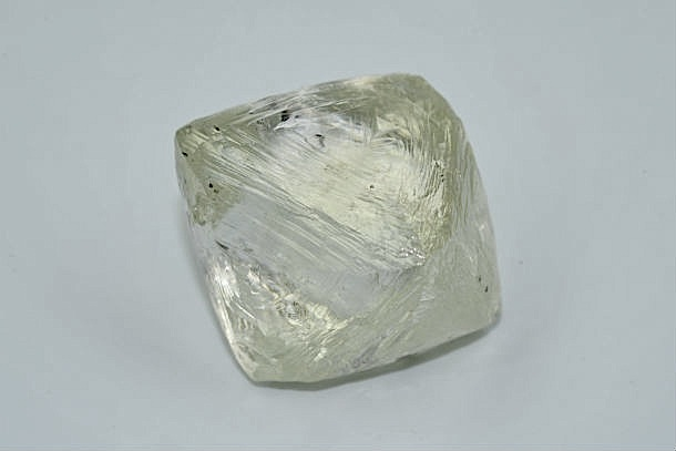 This is the 122-carat diamond Alrosa just found at its Jubilee pipe