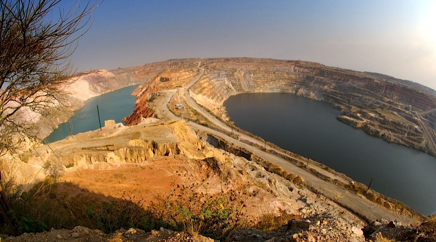 Congo gives up plans to change mining code