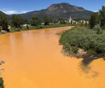 EPA says Colorado mine spill dumped 880,000 pounds of metals into river
