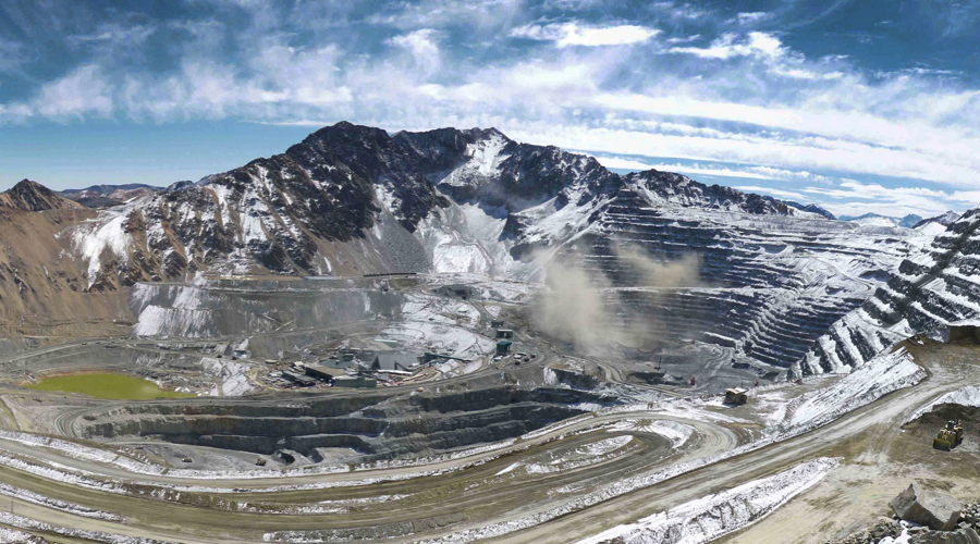 Leakage at Anglo American's Los Bronces mine forces firm to halt grinding