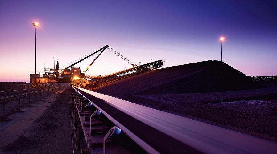 South32 in talks with Anglo American to buy manganese unit
