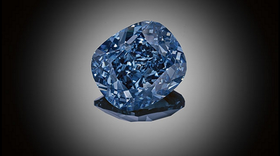 The 12.03 carat Fancy Vivid Blue 'Blue Moon of Josephine' diamond (Image credit: Sotheby's)