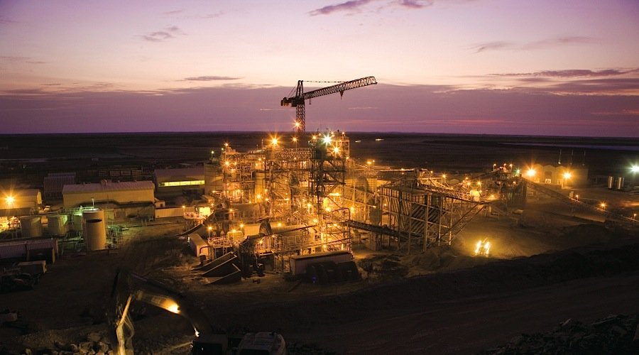 Kinross is going ahead with expansion of its Tasiast gold mine in Mauritania
