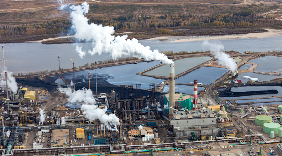 Canada's mining industry backs national carbon price