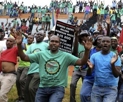 Striking coal workers arrested after violent raid at Glencore's South African mine