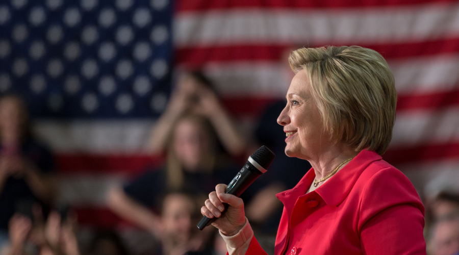 Clinton begins touring core of US struggling coal industry