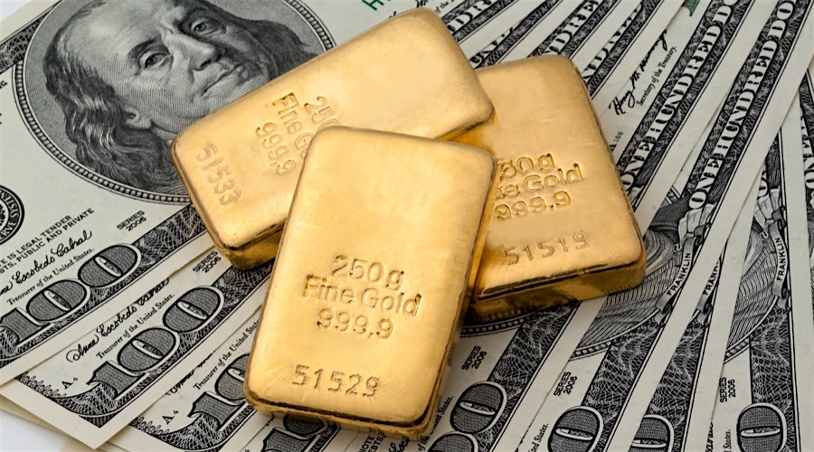 Gold down on U.S. manufacturing data, interest speculation