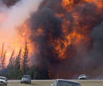 Heart of Canada's oil sands industry saved from fire's worst