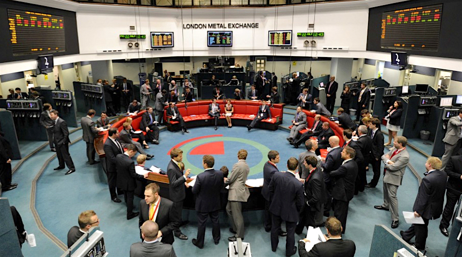 Price queries soar after halt of open outcry trading, LME says