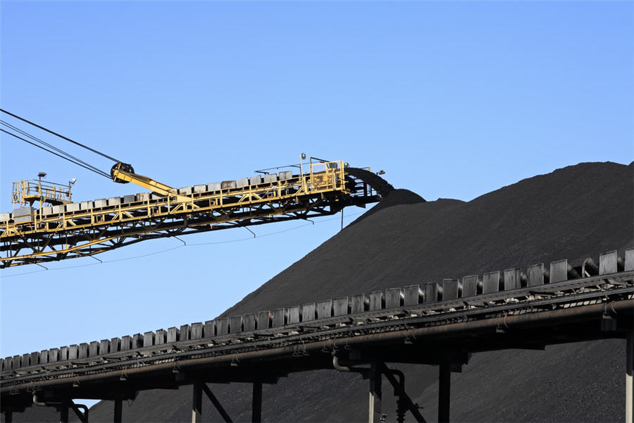 Huge jump in Chinese iron ore, coal imports