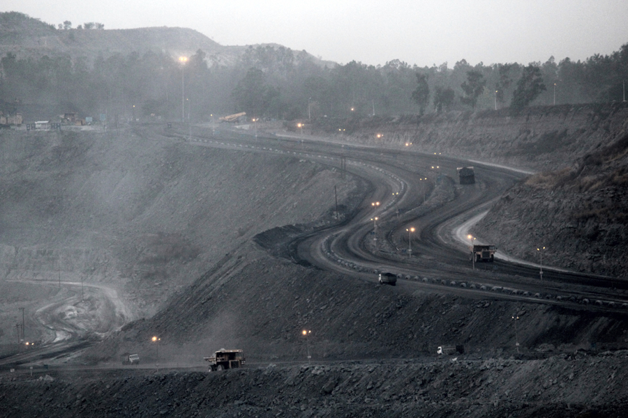 Real estate, pharma firms among winners of India's coal mine auctions