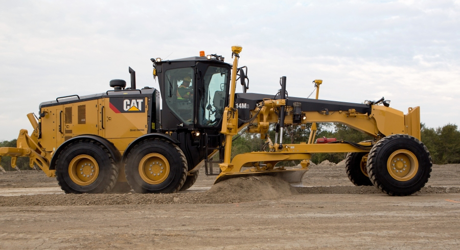 New Cat 14m3 Motor Grader Has Larger Engine Increased