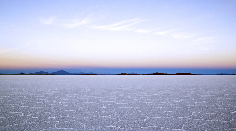 Bolivia sets high hopes on its lithium industry