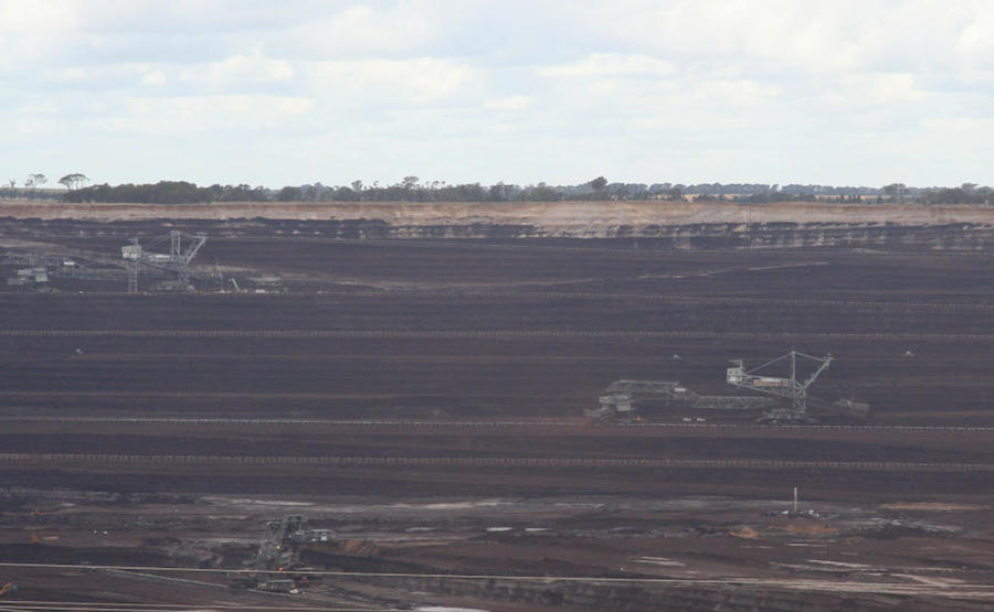 coal industry in australia Australia is the world's largest exporter of metallurgical coal and second largest for thermal coal coal accounts for around two-thirds of electricity generation in australia, where one tonne of coal powers the average australian household for approximately four months.
