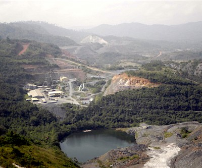 Illegal miners refuse to leave AngloGold's Obuasi operation