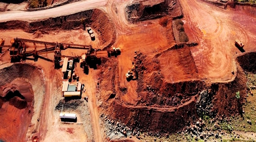 ASX slams door on Moly Mines, leaves 4000 shareholders in limbo