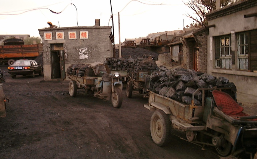 China relaxes coal mining restrictions as supply tightens