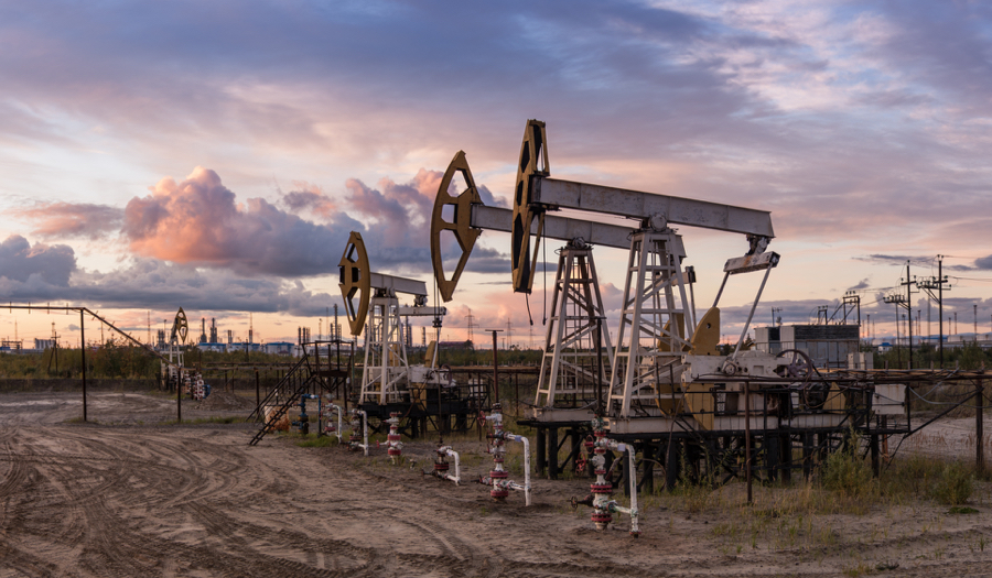 IEA warns global markets to remain flooded with oil without OPEC cut