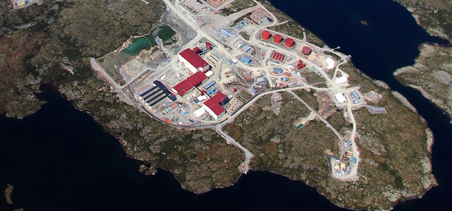 Image of the Snap Lake Mine courtesy of De Beers Canada.