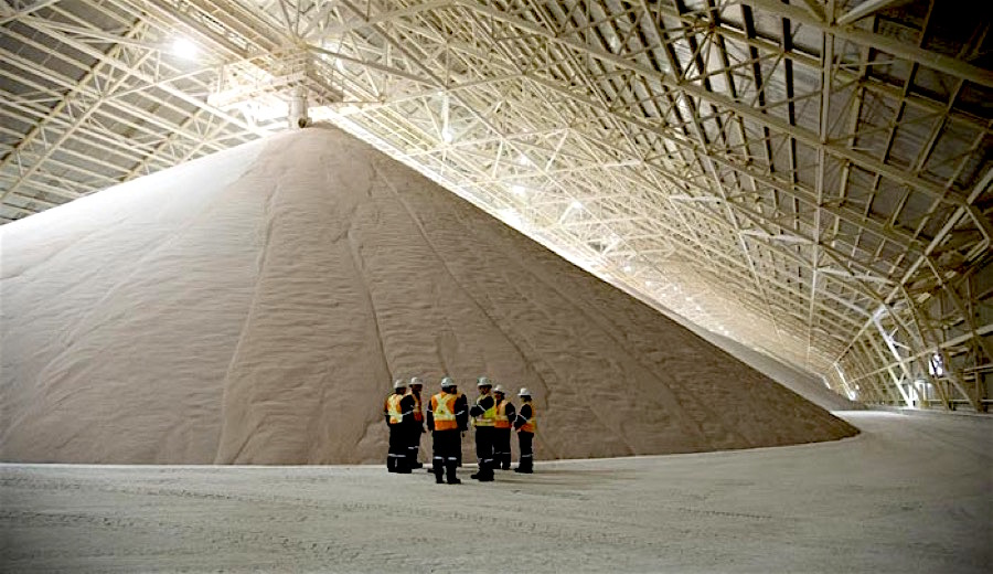 Potash Corp profit down 70% on weaker prices, expects challenging year ahead