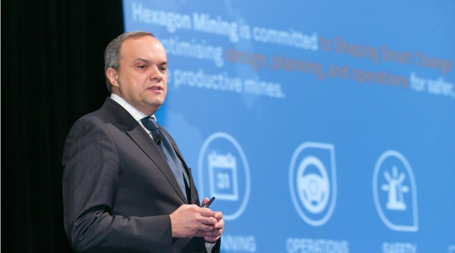 President Hélio Samora and his team bring Hexagon Mining's story of digital integration to HxGN LIVE.