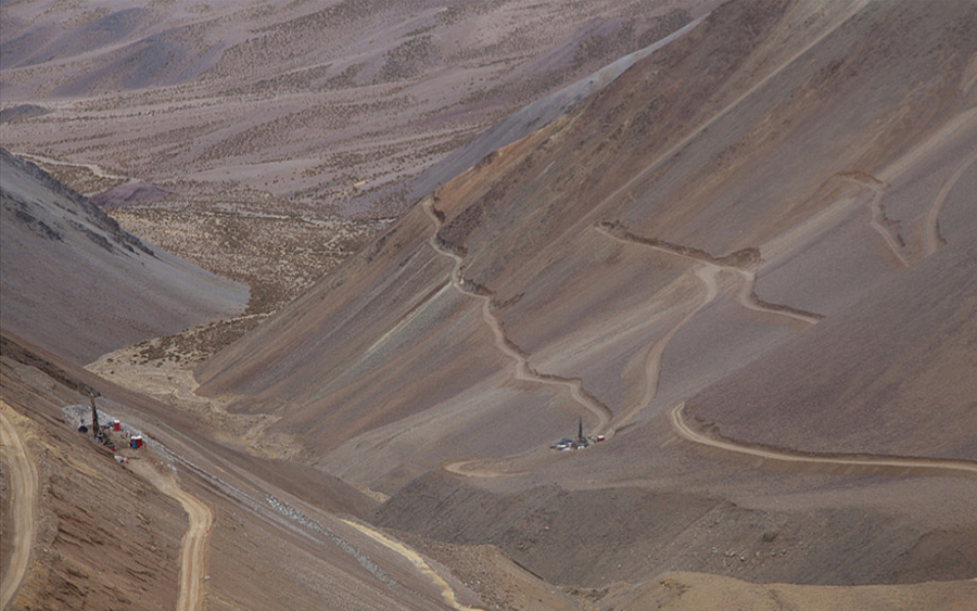 Barrick, Goldcorp team up to develop one of world's largest gold deposits in Chile