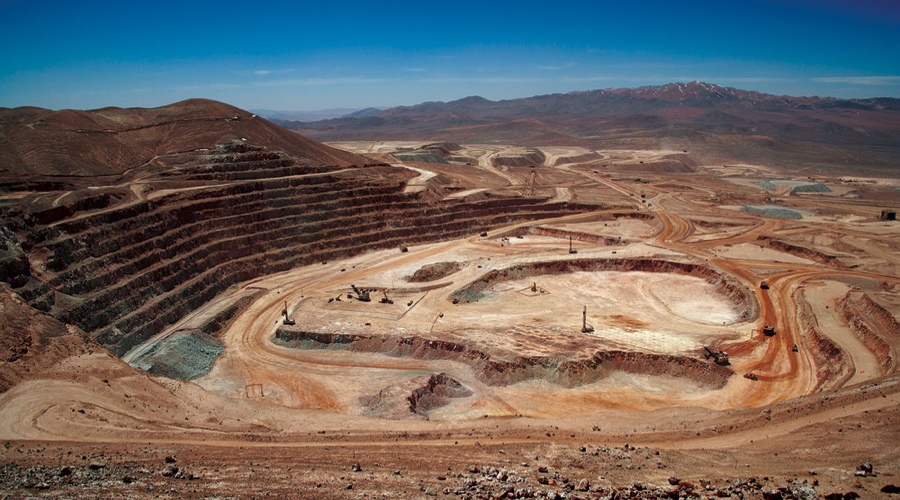 Strike at Escondida hurt Rio Tinto copper output