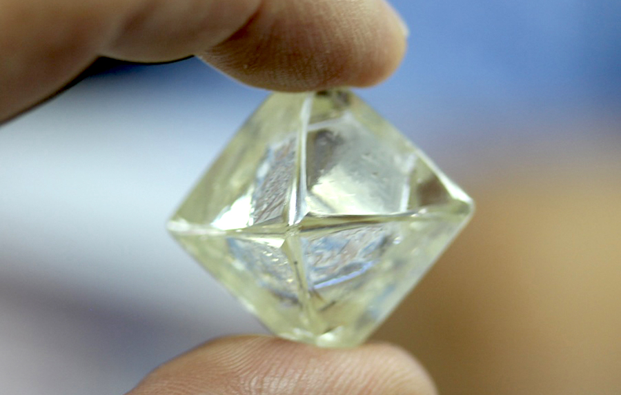 Diamcor just found this rare green diamond at S. Africa project
