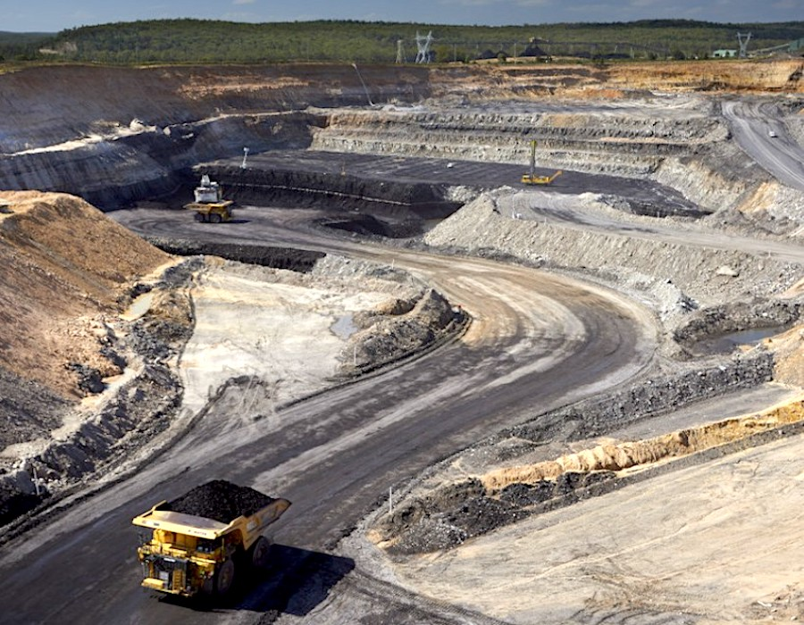 Yancoal seeks expansion in Hunter Valley with $710m bid for Mitsubishi's mines