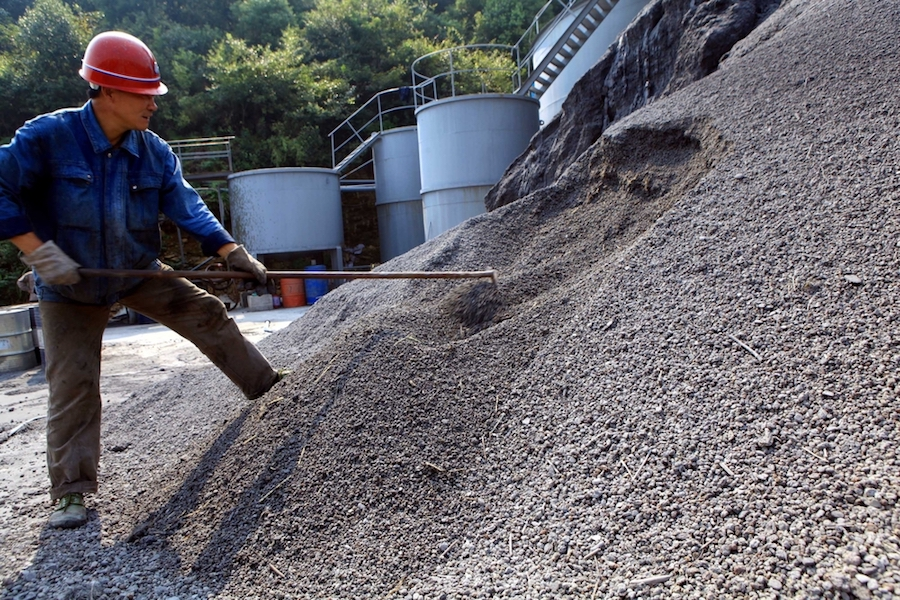 N. Korea coal exports down to zero on China ban, UN cap