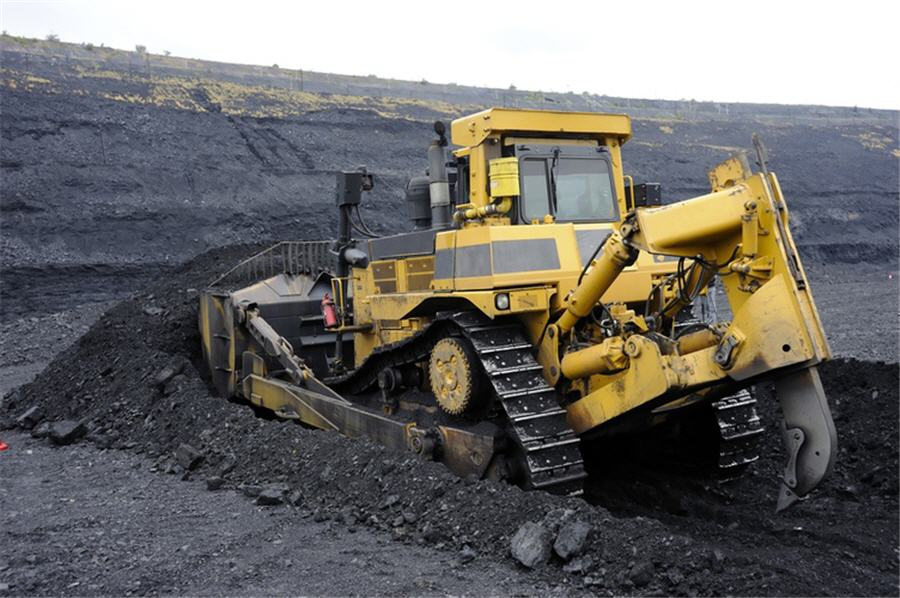 BC coal mine owners told stop trucking coal