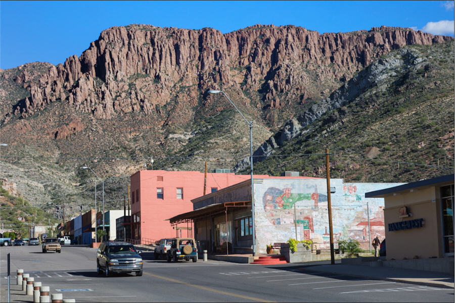 Massive copper mine tests Trump's push to slash regulations - town of Superior Apache Leap