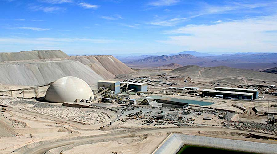 Antofagasta, Barrick avoid Chile mine strike
