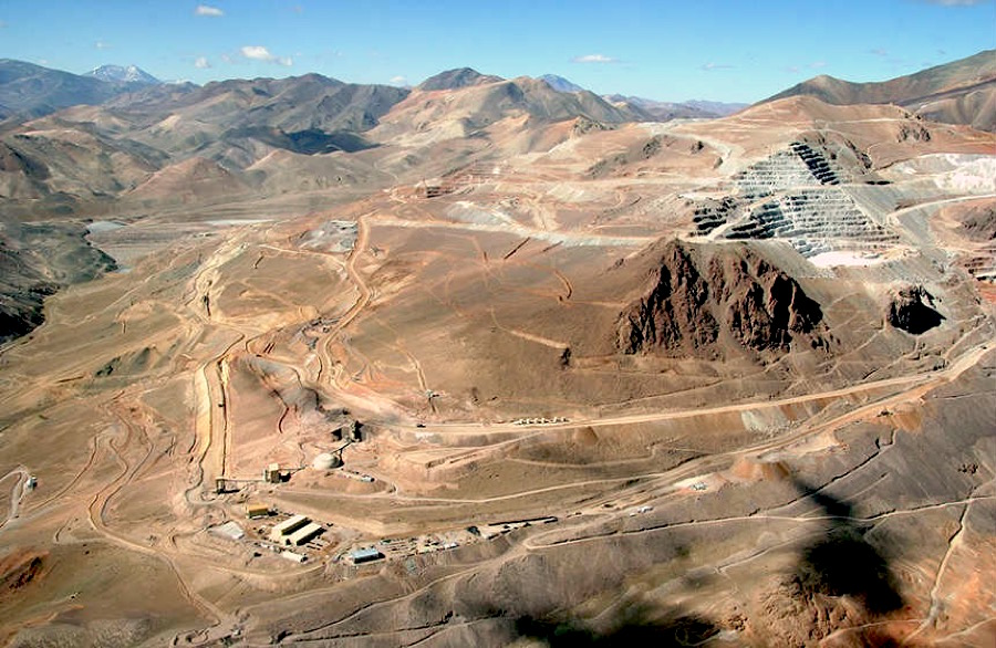Argentina charges Barrick executives over 2015 cyanide spill at Veladero