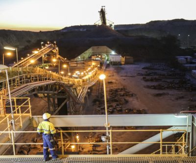 Crackdown on smuggling revives Tanzania gold industry