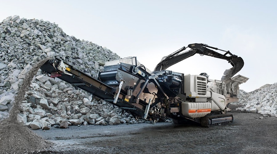 Metso searches for top execs, as it splits minerals services business