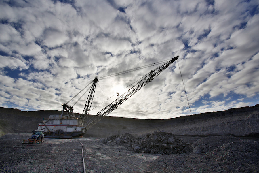 Yancoal seeking $2.5 billion from investors to pay for Rio's Aussie coal mines