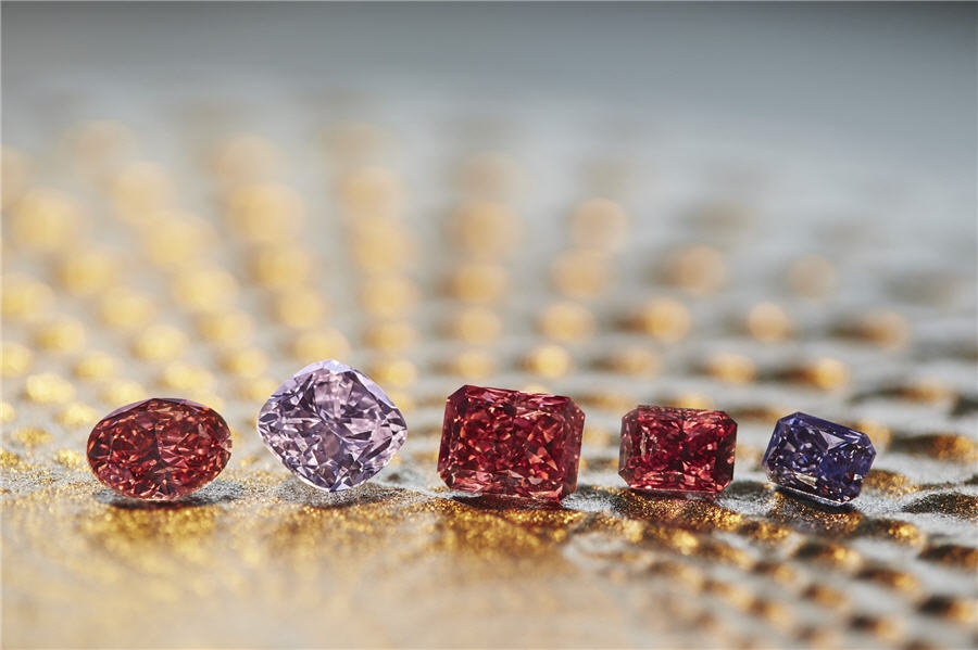 Rio Tinto showcases its largest red diamond in Asia