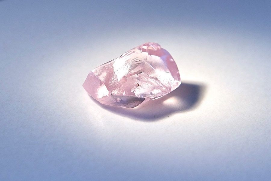 Alrosa finds gigantic pink diamond, likely its most expensive one