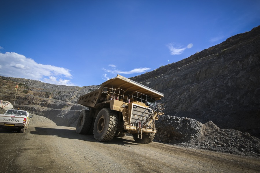 Barrick shares crater as Tanzania troubles grow