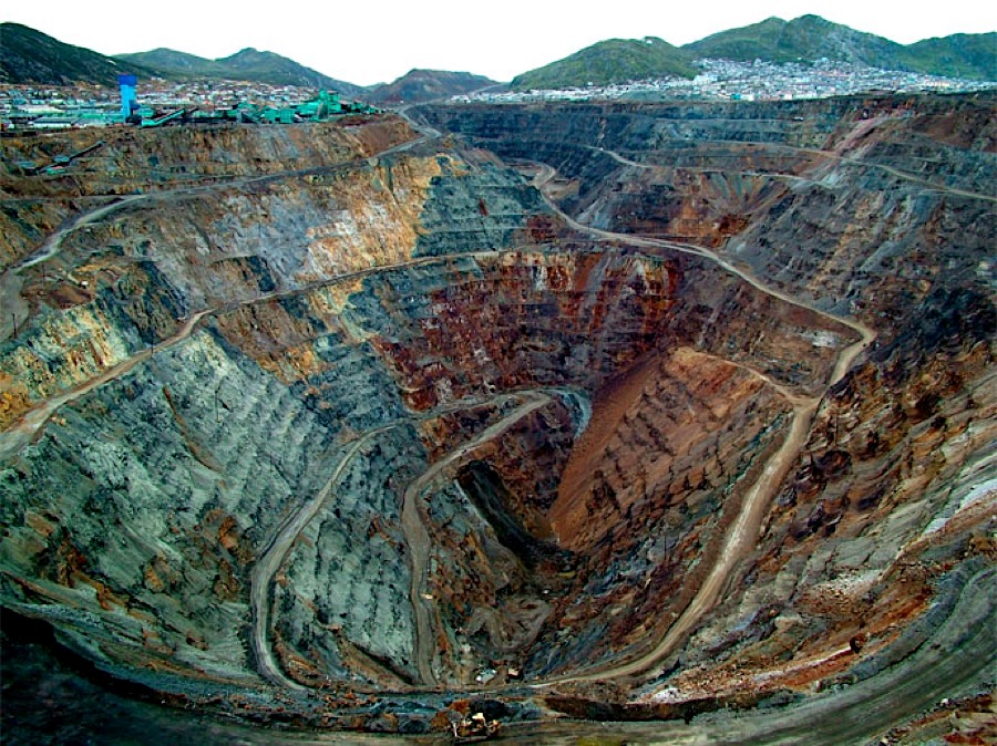 GLENCORE: Company To Acquire 26.73% Of Shares In Peruvian Volcan