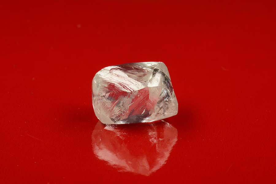 Alrosa finds three large diamonds at prolific Jubilee pipe