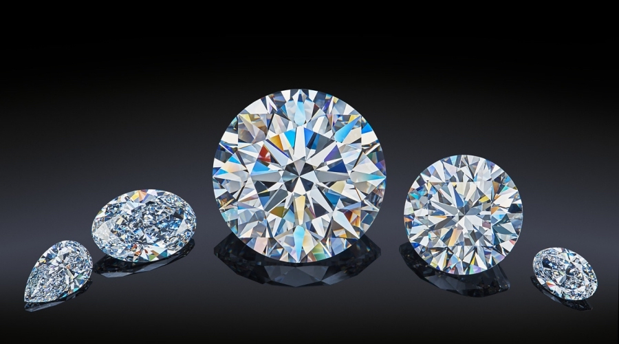 More than 130 potential buyers to bid for Alrosa's rare collection of polished diamonds