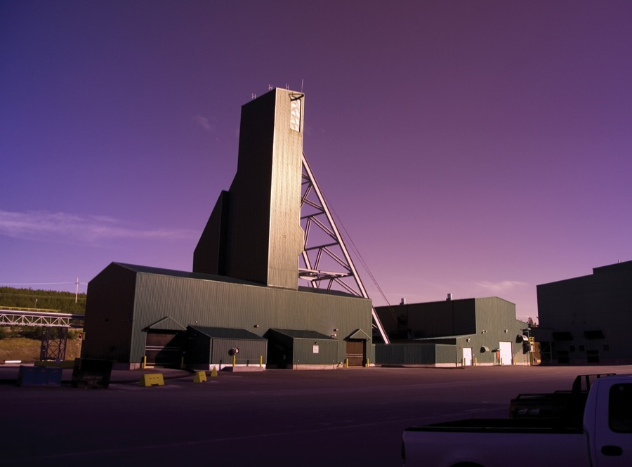 Weak uranium prices force Cameco to temporarily halt two operations in Canada