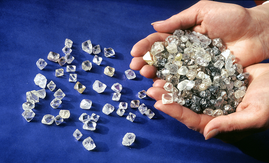 Shareholder in Alrosa proposes selling up to $1bn of diamonds to Gokhran