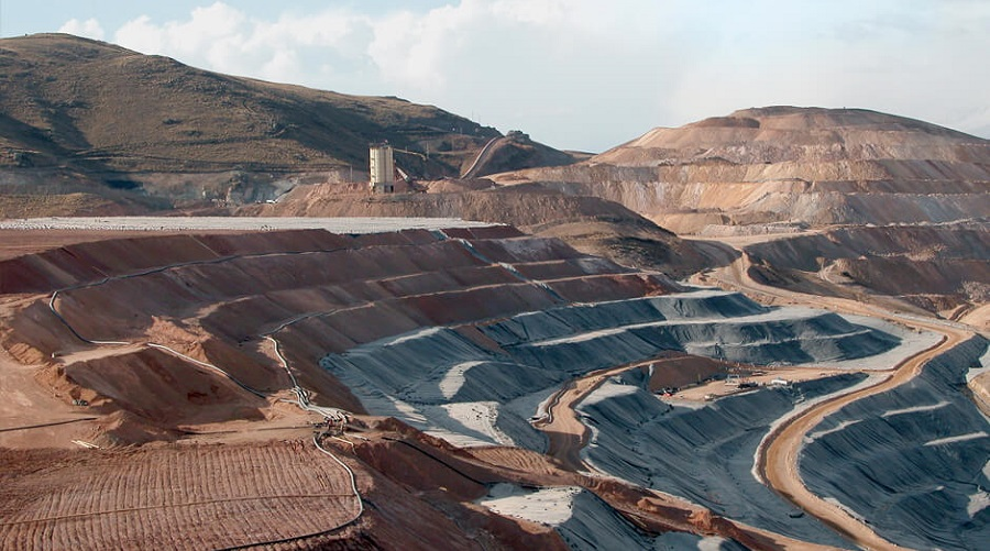 peru s environmental deregulation to spur more mining related