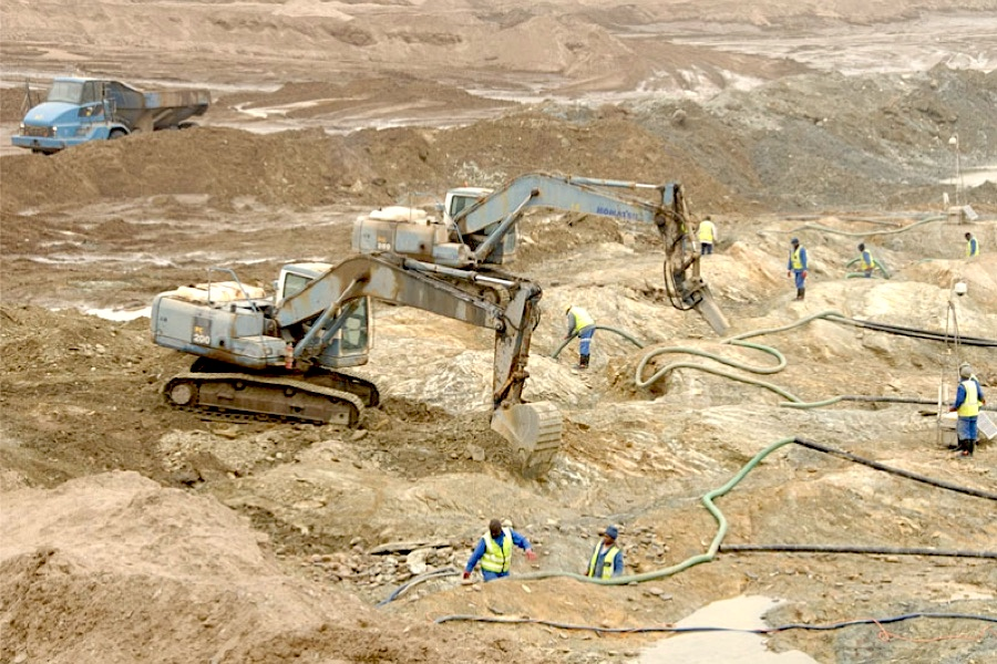 De Beers' Namibia venture puts mine up for sale, at least 130 jobs to go